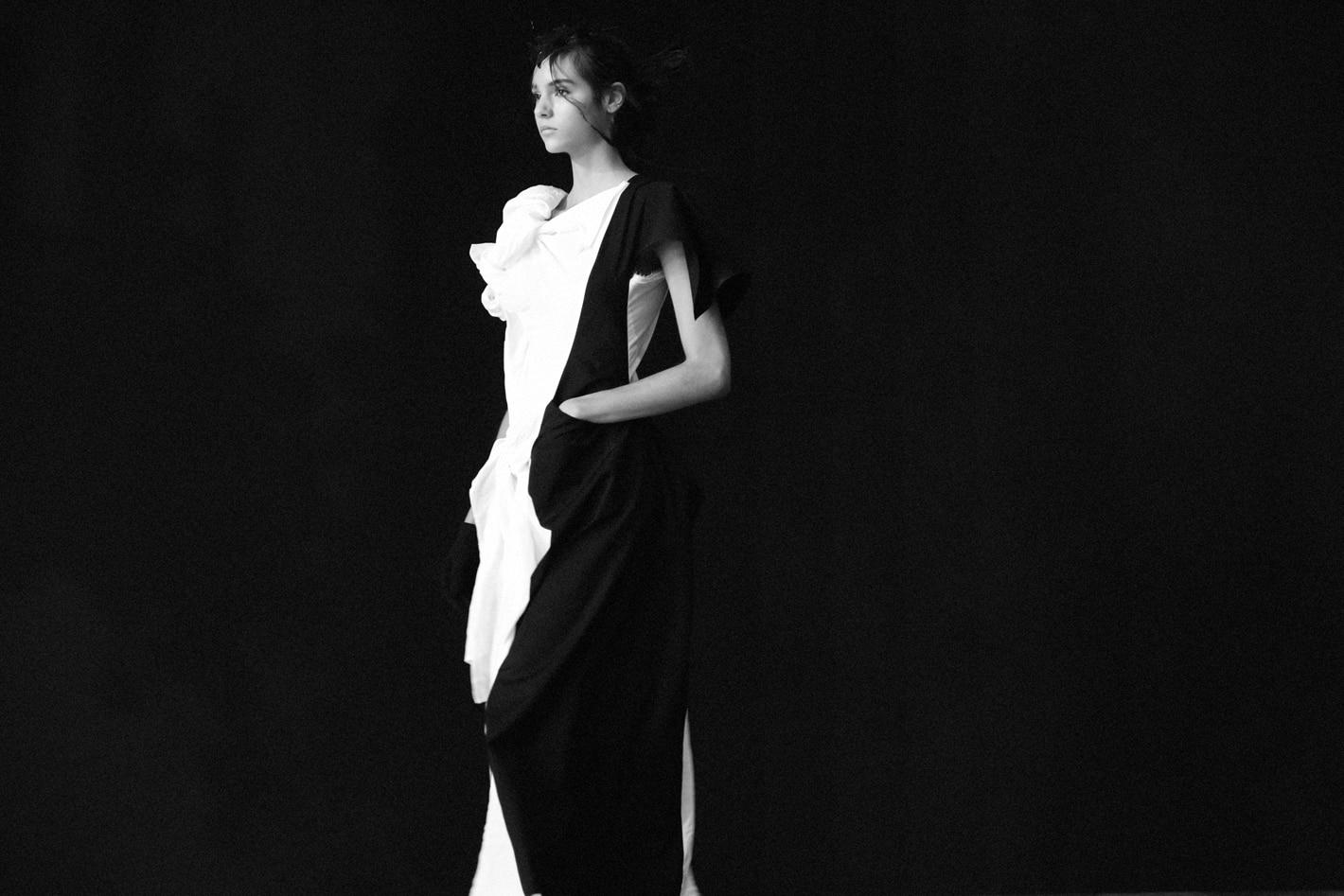 Yohji Yamamoto SS21 – WHITE / BLACK –